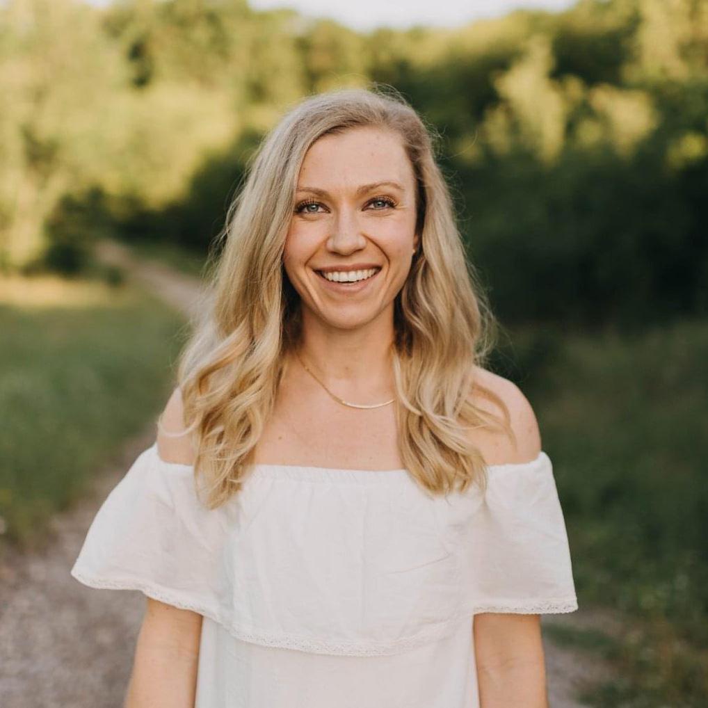 Dr. Jenna Liphart Rhoads